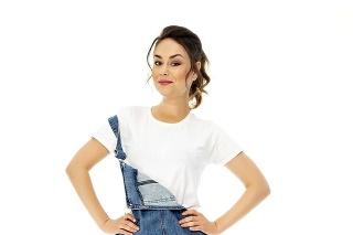Dominika priznáva svoj postoj k móde ale aj plastickým operáciám.