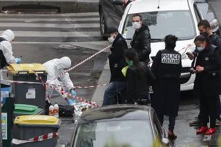 Okrem pravdepodobného útočníka polícia v súvislosti s prípadom zadržala sedem ľudí.