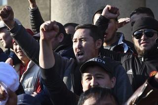 Nepokoje spustili výsledky parlamentných volieb.