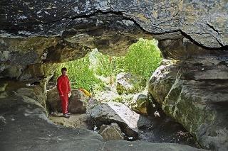 Jaskyňa: Archeológovia spolu s jaskyniarmi prebádali Karasovu dieru.