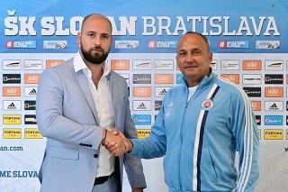 Ivan Kmotrík ml. (vľavo) s novým koučom Slovana Darkom Milaničom.