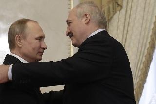 Putin v čase útoku rokoval s Alexandrom Lukašenkom.