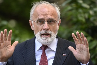 Minister pôdohospodárstva a rozvoja vidieka SR Ján Mičovský