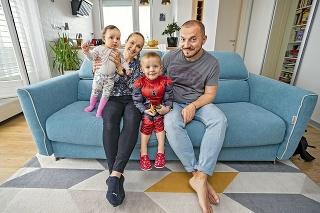 Štvorčlenná rodina sa zrejme o pár rokov presunie zo Slovenského Grobu do Svätého Jura.