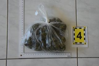 Polícia v Košickom kraji odhalila niekoľkých dílerov drog.