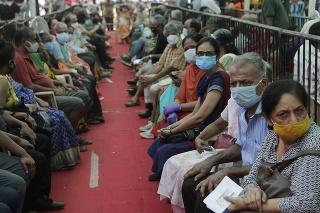 India prehráva boj s koronavírusom.
