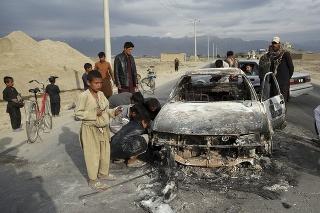 Miestne úrady z explózie vinia afganské militantné hnutie Taliban.