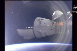 SpaceX pri štarte Crew-2 použil rovnakú posilňovaciu raketu ako pri vlaňajšej misii Crew-1.