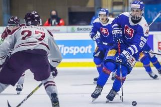 Slovenskí hokejisti vo svojom druhom prípravnom zápase pred majstrovstvami sveta zvíťazili nad Lotyšskom 1:0 po predĺžení.
