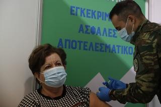 Grécko chce do júna imunizovať voči koronavírusu celú krajinu