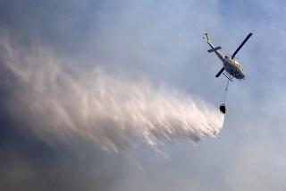 Stolovú horu v Kapskom Meste zachvátil požiar.