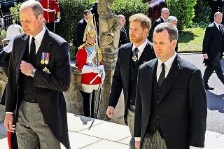 Pri vstupe do kaplnky dostal prednosť William.