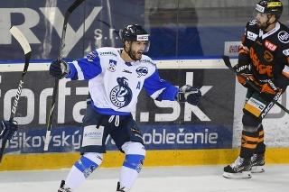 Na snímke Dávid Skokan (HK Poprad) sa teší z gólu na 2:0 v zápase 25. kola hokejovej Tipos extraligy HK Poprad - HC Košice 28. decembra 2020 v Košicach.