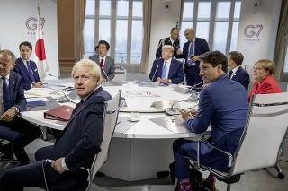V Biarritzi sa koná summit lídrov skupiny G7.