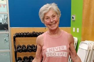 Milá dôchodkyňa zvláda to, čo v jej veku len málokto.