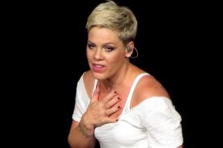 Speváčka Pink