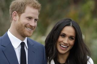 Britský princ Harry a herečka Meghan Markle po zásnubách.