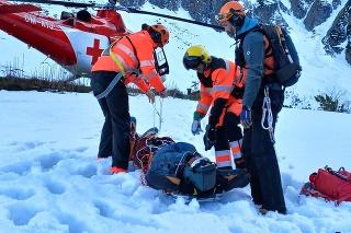 Muža ratovali horskí záchranári.