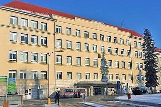 Na COVID oddelení skalickej nemocnice sa  deň čo deň obetavo starajú o nakazených pacientov.