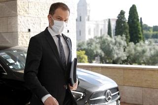 Slovenský minister financií Igor Matovič prichádza na dvojdňové zasadnutie ministrov financií eurozóny v Lisabone.