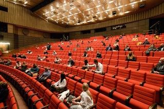 Divadlo Andreja Bagara v Nitre privítalo prvých návštevníkov po znovuotvorení divadiel