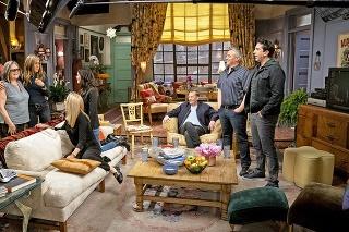 Herci absolvovali aj prehliadku svojich starých apartmánov.