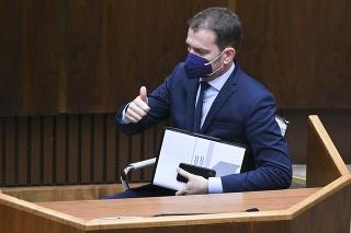Na snímke minister financií SR Igor Matovič (OĽaNO) po schválení novely zákona roka o navýšení štátneho rozpočtu.