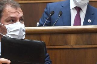 Mimoriadna schôdza NRSR k odvolávaniu premiéra Igora Matoviča.