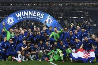 Futbalisti Chelsea oslavujú víťazstvo v Lige majstrov.