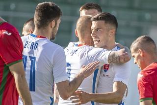 Na snímke gólová radosť hráčov Slovenska, sprava Lászlo Bénes, Vladimír Weiss ml. a Matúš Bero v prípravnom zápase pred EURO 2020 vo futbale Slovensko – Bulharsko.