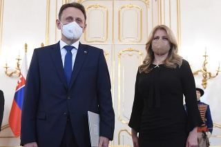 Prezidentka Čaputová prijala demisiu doterajšieho ministra pôdohospodárstva a rozvoja vidieka Jána Mičovského.