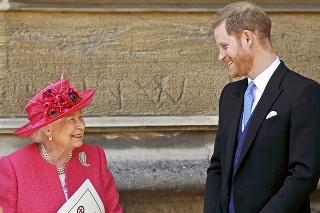 Panovníčka svojho vnuka napriek všetkému miluje.