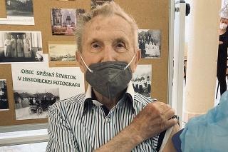 Najstarším zaočkovaným bol 98-ročný záujemca.