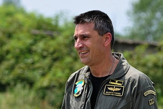 Na archívnej snímke major Valentin Terziev.