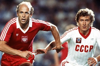 Grzegorz Lato (vľavo).
