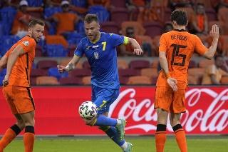 V nedeľnom stretnutí ME vo futbale medzi Holandskom a Ukrajinou zakrútil Andriji Jarmolenko výstavný gól.