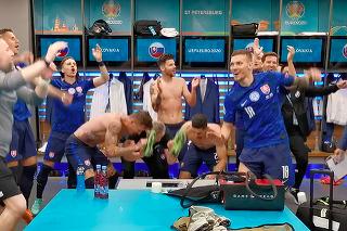 Oslavy prebiehali v šatni bezprostredne po zápase.
