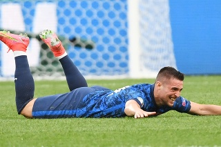 Róbert Mak oslavuje svoj úvodný gól v stretnutí proti Poľsku na EURO 2020