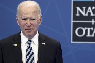 Americký prezident Joe Biden počas príchodu na summit NATO v Bruseli.