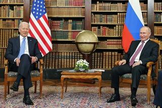 V Ženeve sa uskutočnilo prvé stretnutie Bidena s Putinom