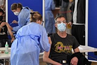 Očkovanie v Nemecku napreduje.