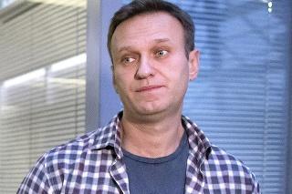 Na archívnej snímke z 26. decembra 2019 ruský opozičný líder Alexej Navaľnyj