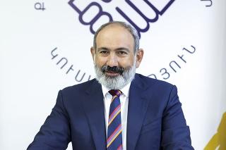 Víťazom parlamentných volieb v Arménsku je strana premiéra Pašinjana.
