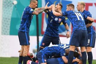 Radosť Slovákov po úvodnom strelenom góle na EURO 2020