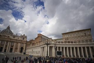 Vatikán protestuje: