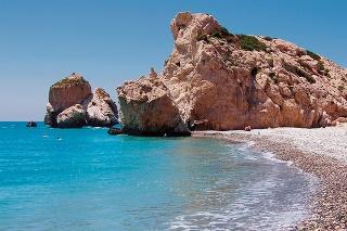 Na Cypre si popri práci užíval aj leto a more.To sa mu stalo osudným.