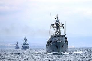 Rusko trvá na tom, že má právo zatvárať oblasti Čierneho mora pre zahraničné námorné lode.