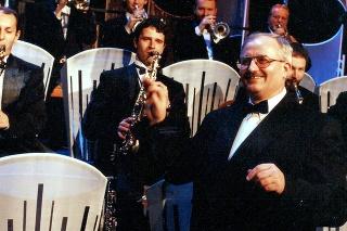 90. roky: Zajáček dirigoval repeťácky orchester.