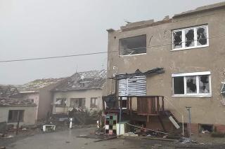 Tornádo  bolo potvrdené aj v blízkosti slovenských hraníc v českom Hodoníne (Zdroj Facebook: Severe Weather Slovakia o.z.)