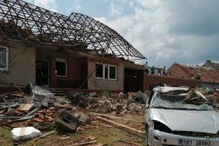 Rýchlosť vetra dosiahla 219 km/h, domy nemali šancu, uviedla meteorologička.